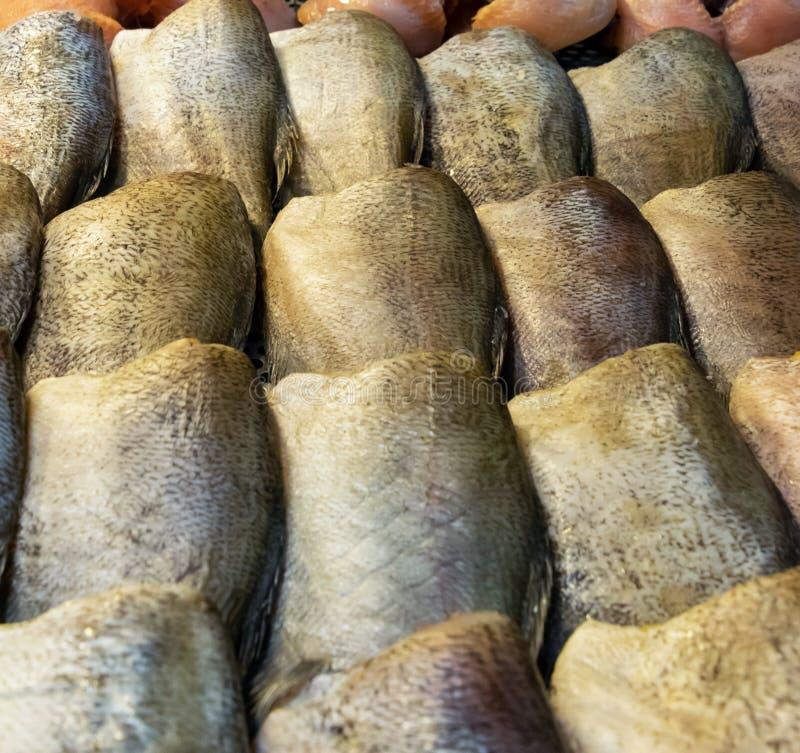 Stapel droge vissen stock afbeelding