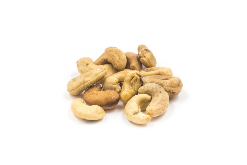 stapel f?r cashewmuttrar arkivfoton