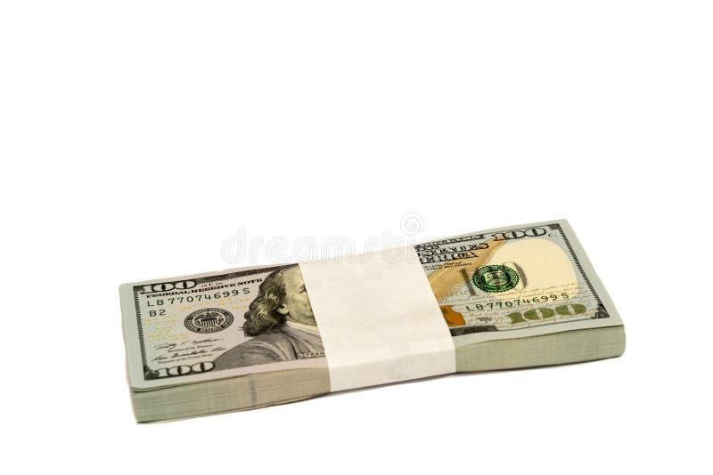 Stapel Geld in hundert Dollarbanknoten lokalisierte Kopienraum lizenzfreies stockfoto