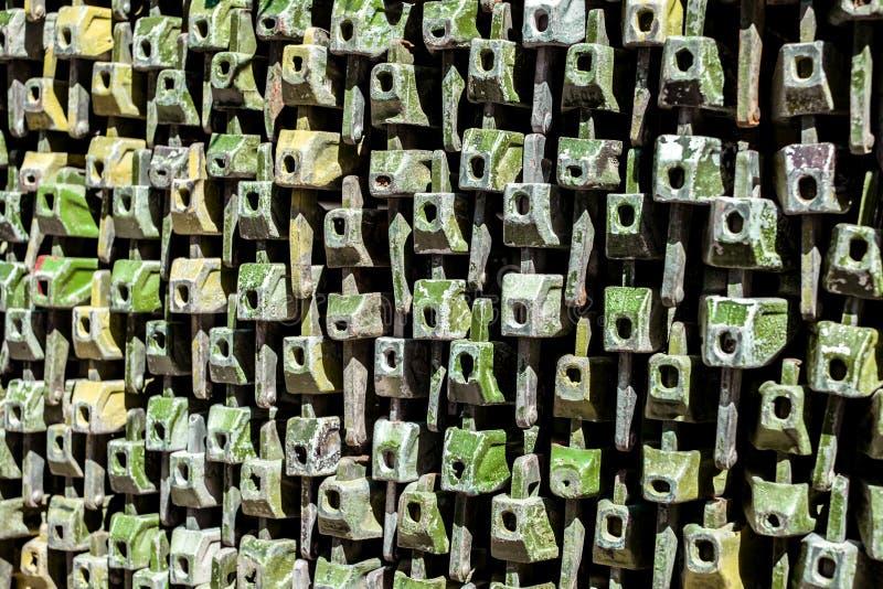 Stapel ijzerelementen voor de bouw van het overlegstadium royalty-vrije stock foto