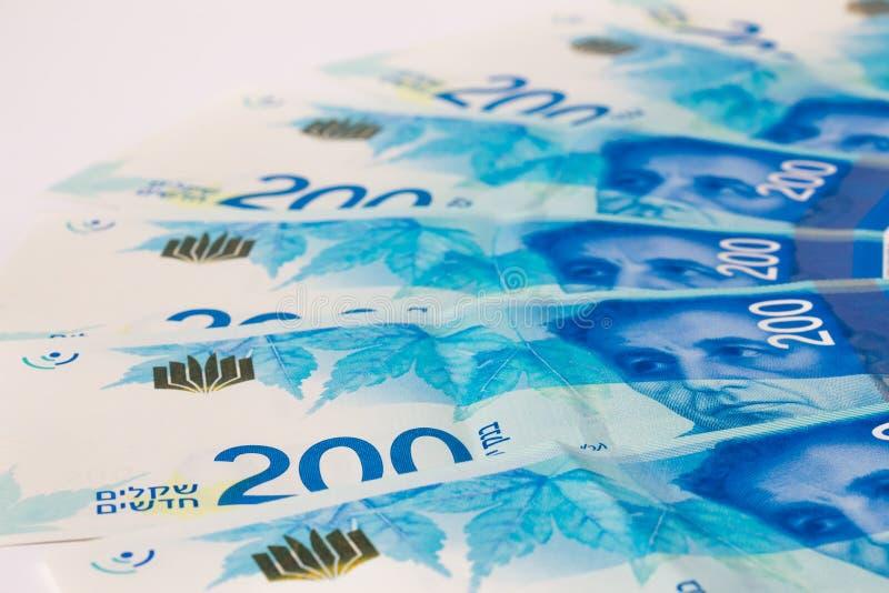 Stapel israelische Haushaltpläne von Schekel 200 stockfotos
