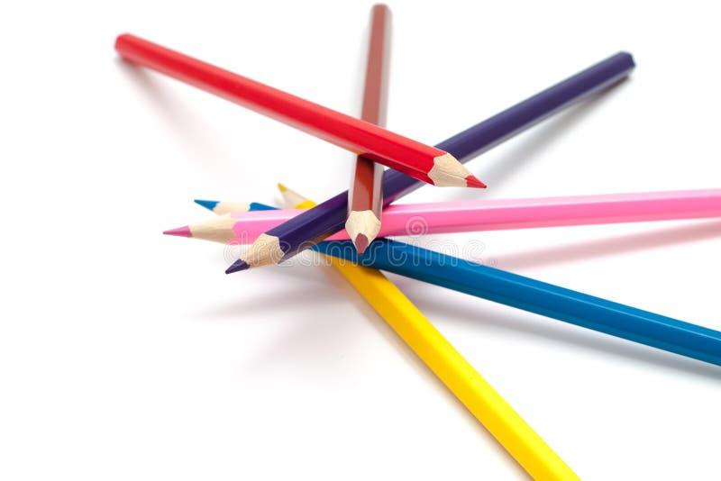 Stapel kleurpotloden stock afbeelding