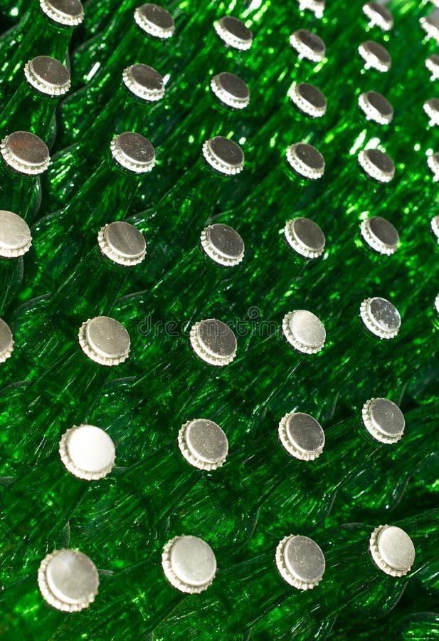 Stapel Lege groene glasflessen royalty-vrije stock foto