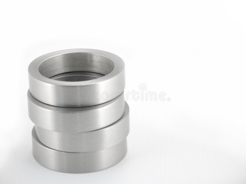 Stapel-Metallringe lizenzfreies stockfoto