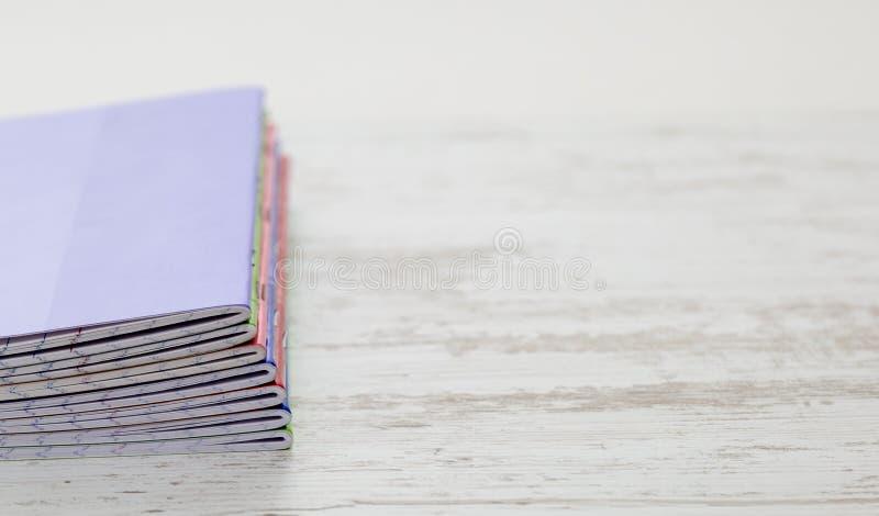Stapel notitieboekjes stock afbeelding