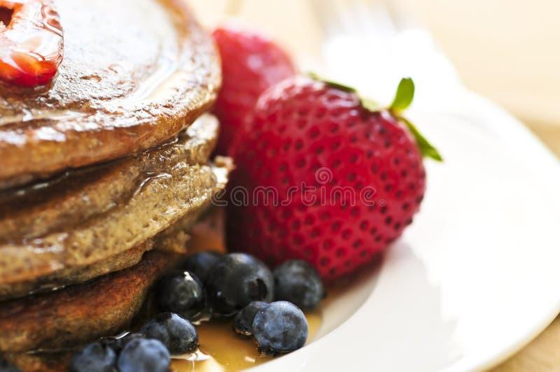 Stapel Pfannkuchen lizenzfreie stockfotos