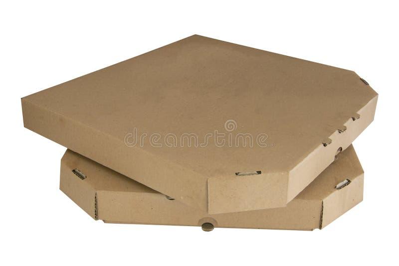Stapel Pizzakästen lokalisiert auf weißem ackground Geschlossene braune Pappen Schablonenlebensmittel-Papierpaket stockbild