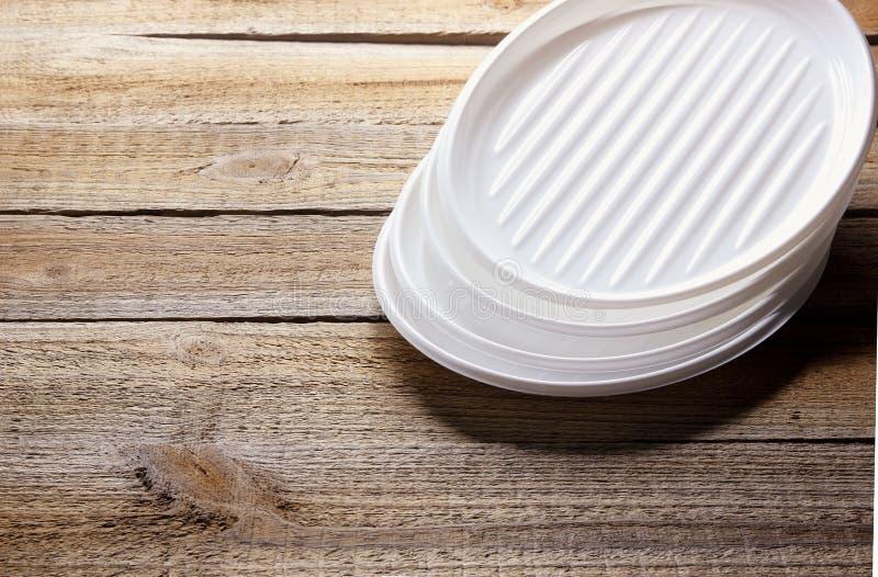 Stapel plastic platen royalty-vrije stock foto