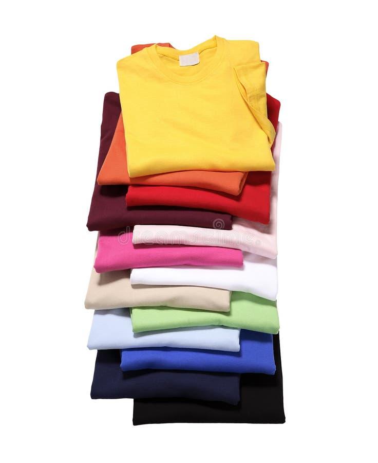 Stapel T-Shirts stockfoto