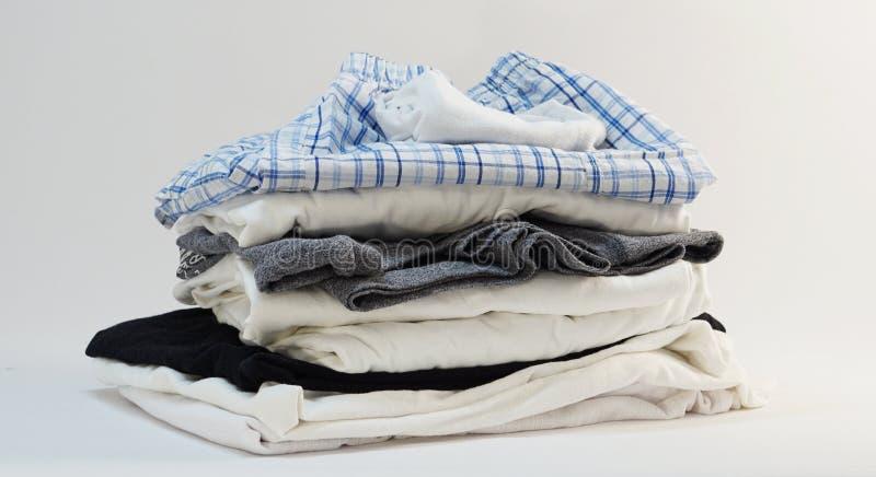 Stapel van het menswear ondergoed van overhemds korte sokken stock fotografie