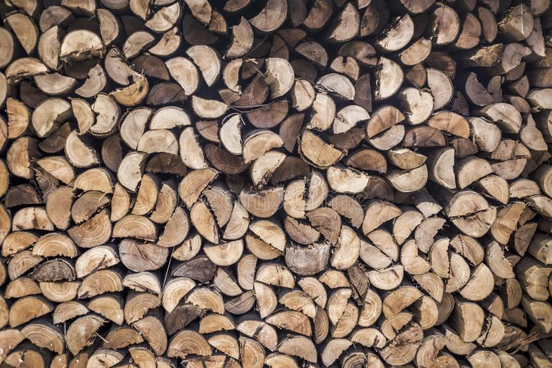 Stapel van houten te branden voorraad stock afbeeldingen