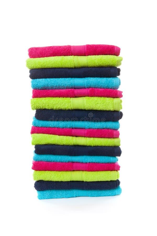 Stapel van kleurrijke handdoeken royalty-vrije stock foto's