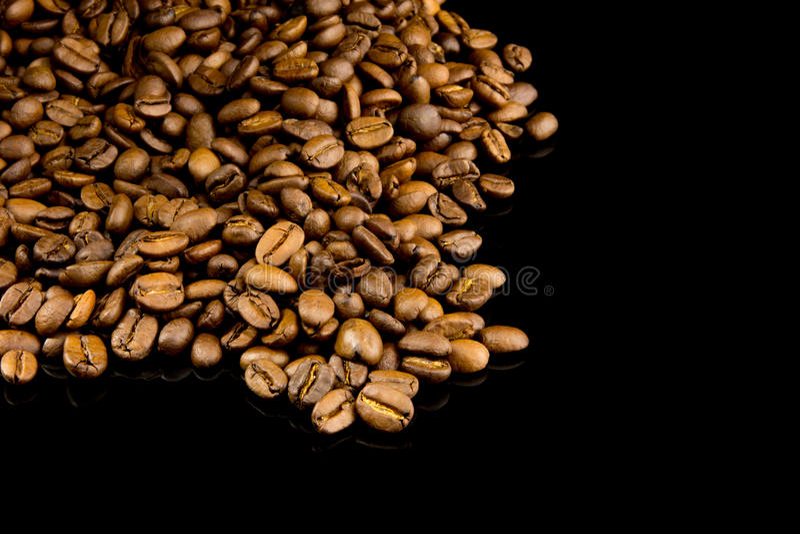 Stapel van koffiebonen royalty-vrije stock foto