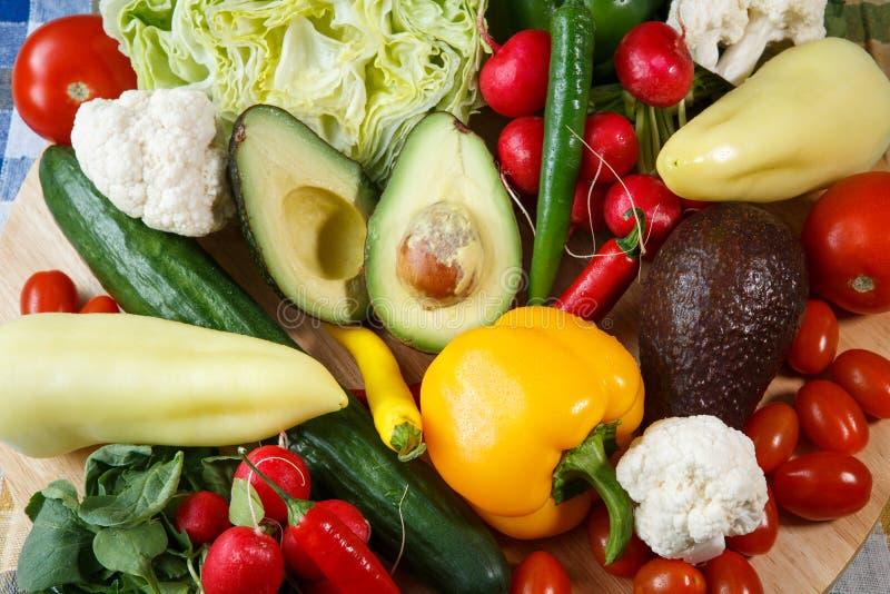 Stapel van organische groenten stock afbeelding