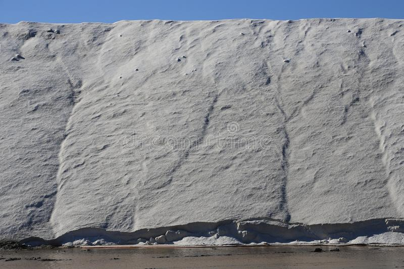 Stapel van overzees zout in zout in Camargue royalty-vrije stock foto
