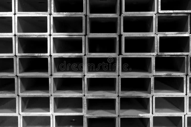 Stapel van roestvrij staal vierkante buis royalty-vrije stock afbeeldingen