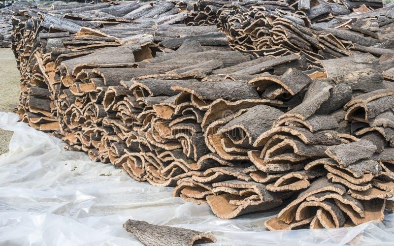 Stapel van schors van cork stock foto's