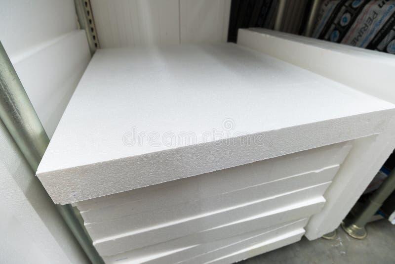 stapel van schuimplastiek voor isolatie stock fotografie