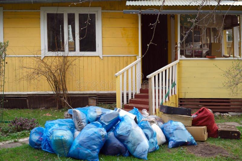 Stapel van vuilnis voor huis royalty-vrije stock foto's