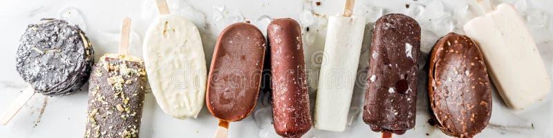 Stapel verschiedene Eis am Stiel-Eiscreme stockfotografie