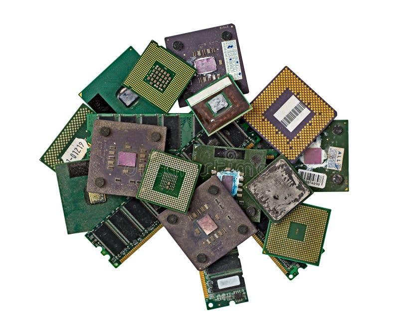 Stapel von alten CPU-Chips und von Gedächtnismodulen lizenzfreie stockbilder