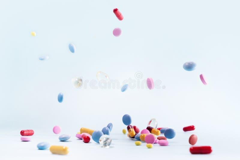Stapel von Pillen stockfoto