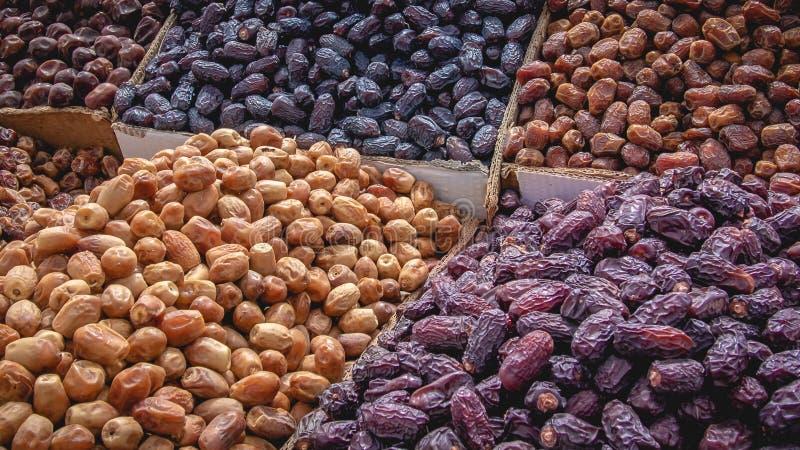 Stapel von verschiedenen Trockenfrüchten stockfoto