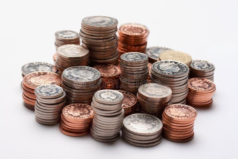 Stapels van geld stock afbeeldingen