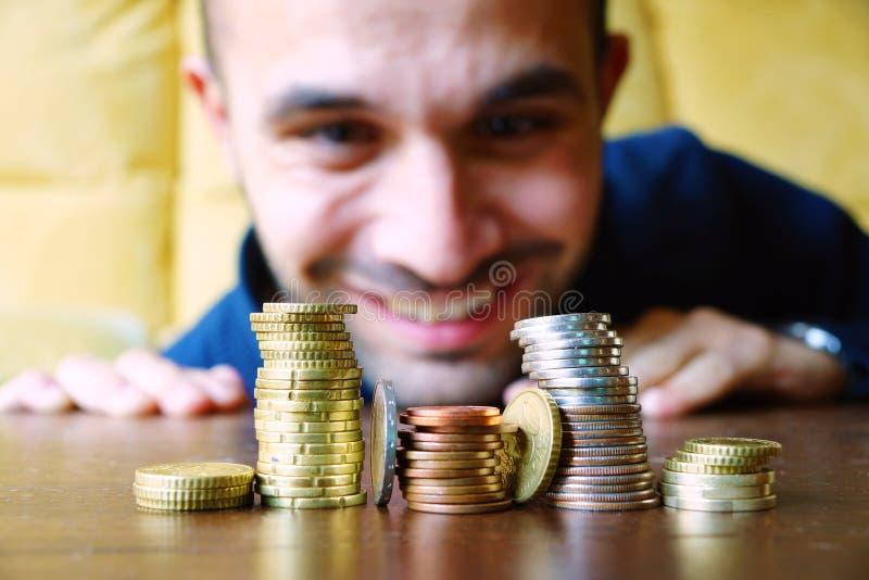 Staplar av coines royaltyfri bild