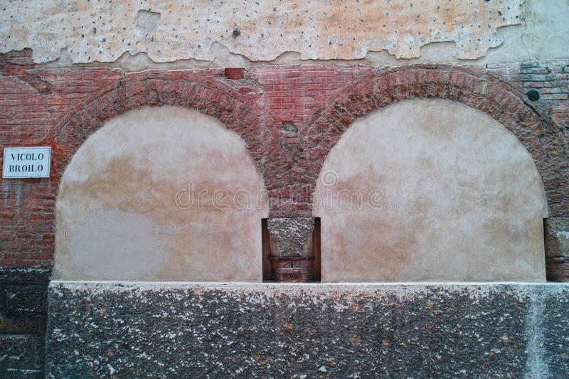 Stara ściana w Verona obraz royalty free