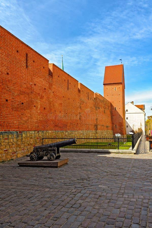 Stara średniowieczna miasto ściana w Ryskim, Latvia fotografia stock