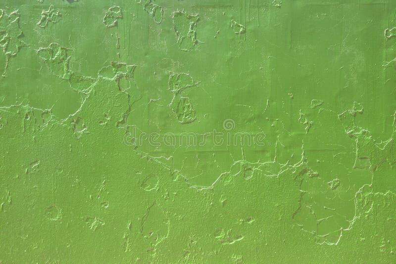Stara brudna ściana z krakingową farbą W górę szczegółu krakingowa farba na ścianie, Narysu grunge miastowy t?o Cierpienie tekstu obraz stock