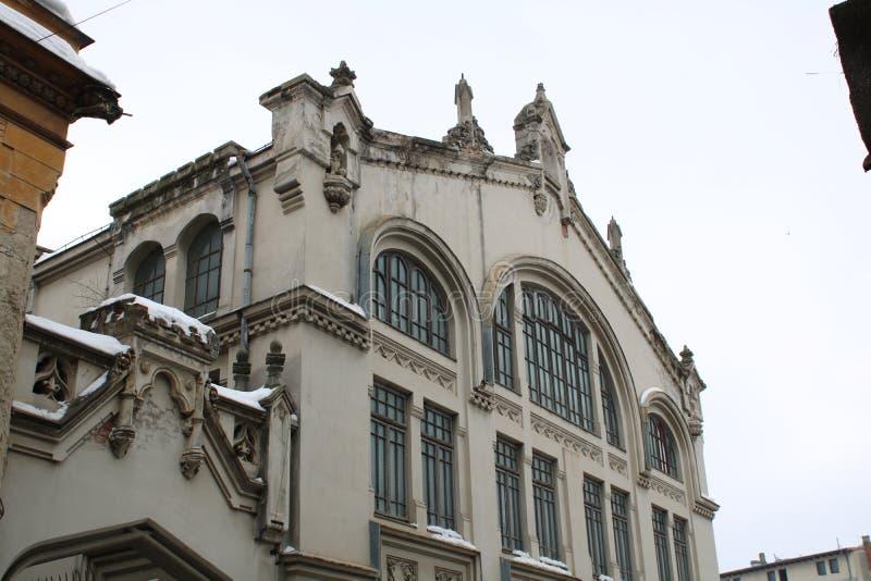Stara budowa w Bucharest zdjęcia stock