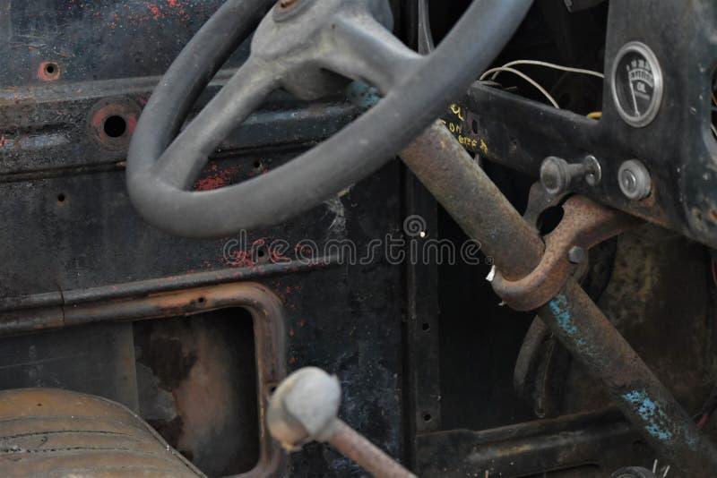 stara ciężarówka wewnętrzna obraz stock