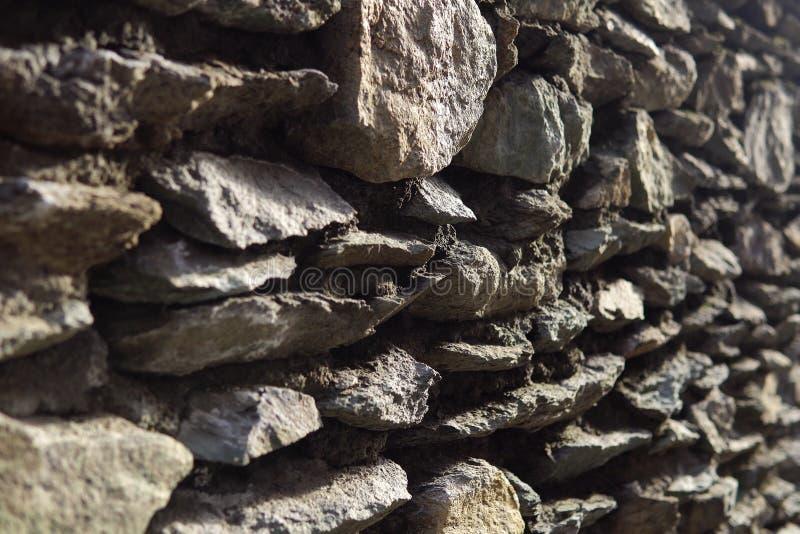 Stara ?ciana z antycznym kamieniarstwem, abstrakcjonistyczny t?o zdjęcia royalty free