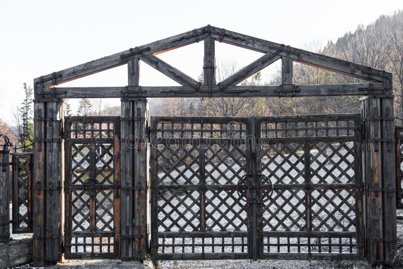 Stara drewniana brama obrazy royalty free