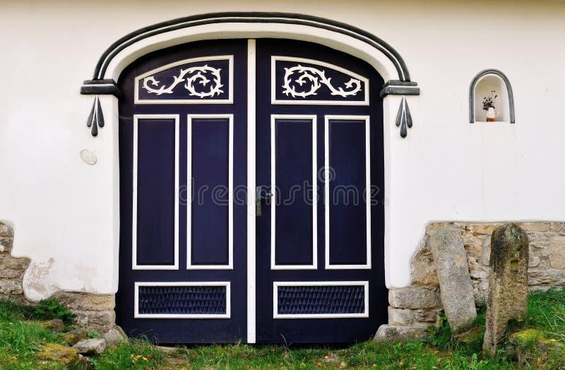 Stara drewniana brama obrazy stock