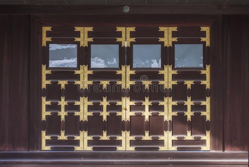 Stara drewniana brama w Kyoto Cesarskim pałac, Japonia zdjęcia royalty free