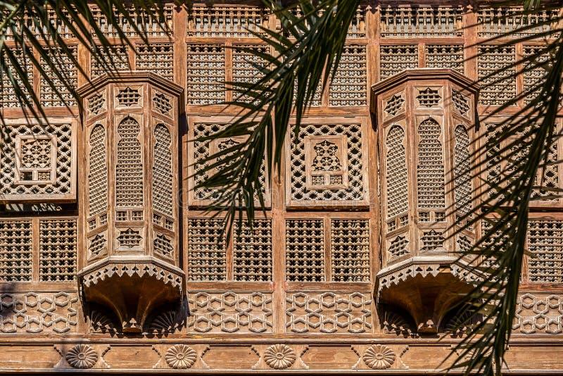 Stara fasada z drewnianymi okno na okno w Aleksandria obrazy stock