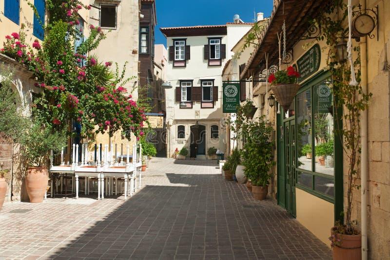 Stara grodzka ulica w Chania obrazy stock