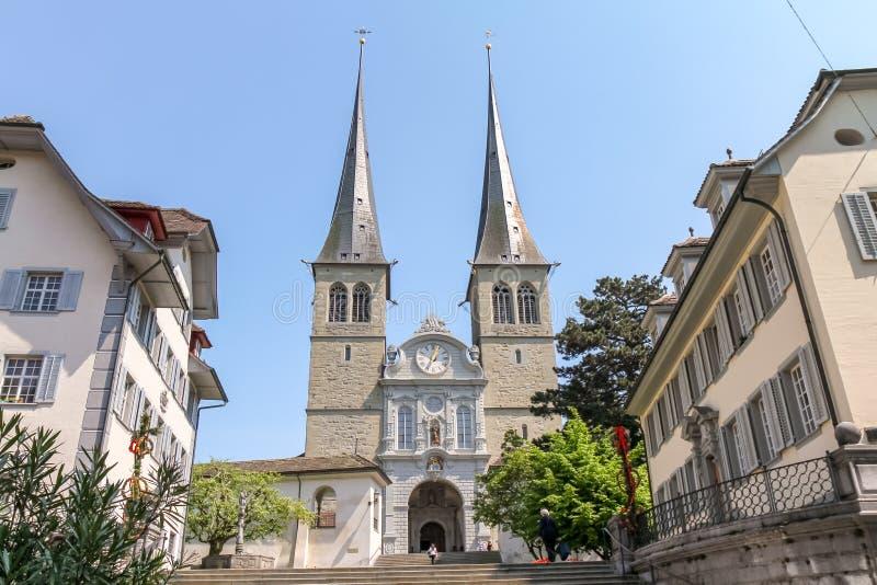 Stara kościelna architektura przy Luzern wioską obraz stock