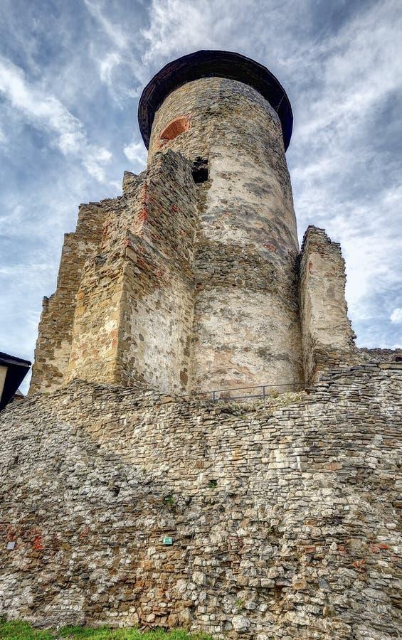 Stara Lubovna - torre do castelo imagem de stock royalty free