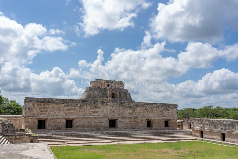 Stara majska świątynia blisko ciry Uxmal Jukatan Meksyk obraz royalty free
