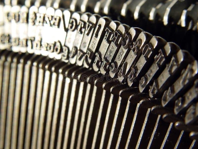 Download Stara maszyna do pisania zdjęcie stock. Obraz złożonej z abecadło - 125044