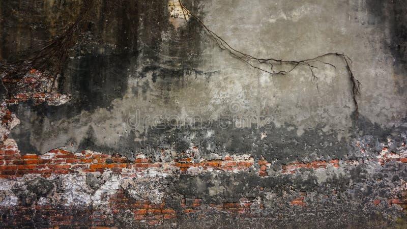 Stara nieociosana cegła i pękający tynk tekstury tło zdjęcie stock