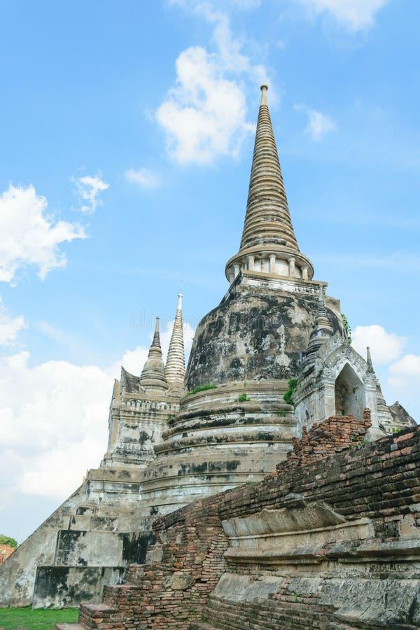 Download Stara pagoda obraz stock. Obraz złożonej z błękitny, monaster - 57669207