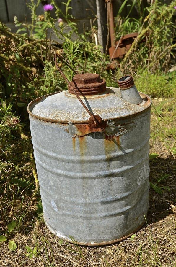 Stara pięć galonów oleju puszka zdjęcie royalty free