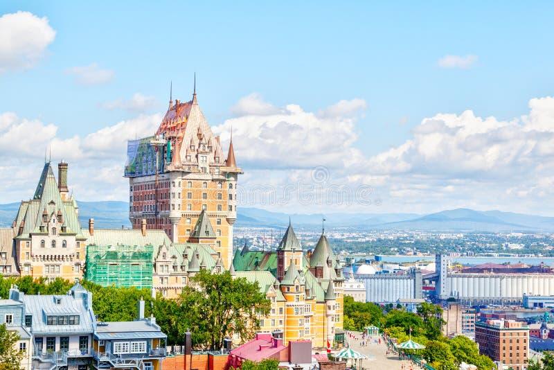 Stara Quebec miasta linia horyzontu Z Frontenac i St Lawrance rzeką fotografia stock