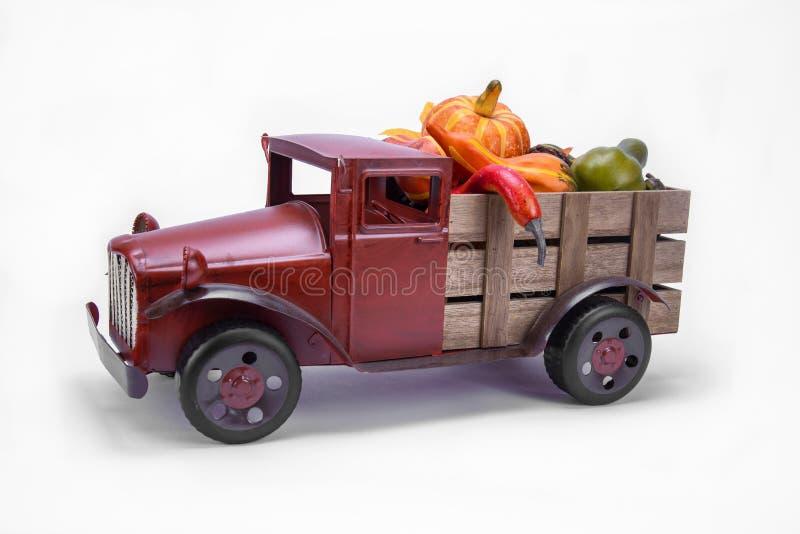 Stara rocznik zabawki ciężarówka fotografia stock