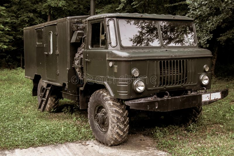 Stara rocznika wojskowego ciężarówka Używać w wojnie obraz stock